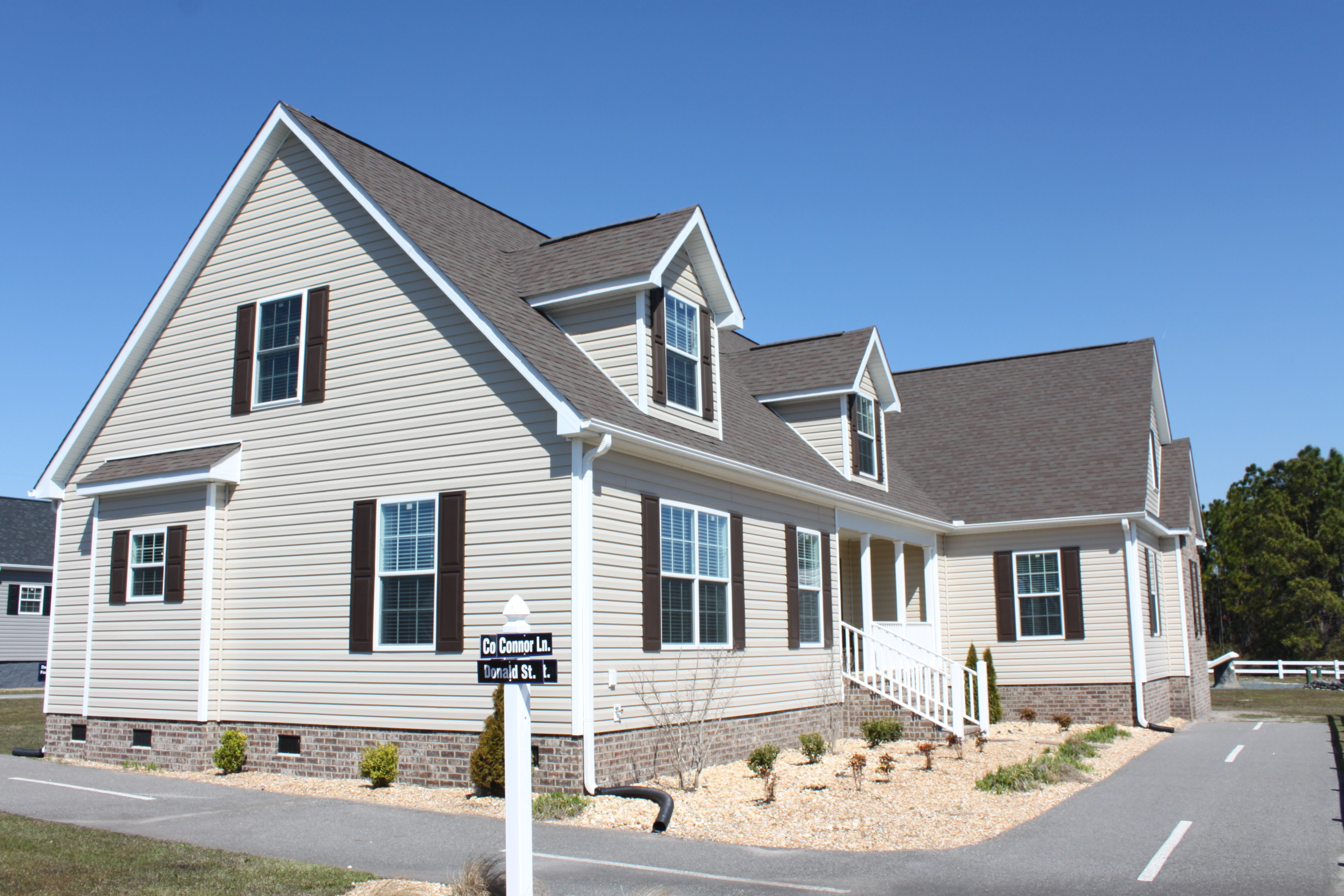 Display homes hatteras for Hatteras homes